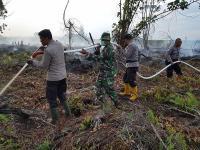 Kapolda Riau Pantau Penanganan Karhutla Melalui Aplikasi