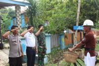 Kisah Inspiratif Penjala Ikan Punya Anak Jadi Anggota TNI, Polri hingga Sekuriti