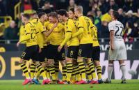 Dortmund vs Eintracht Frankfurt, Die Schwarzgelben Gilas Tamunya 4-0