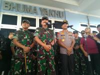 TNI-Polri Akan Dekati Masyarakat Minta Serahkan 11 Senjata Api Korban Heli MI-17