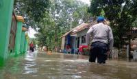 Hujan Lebat Berpotensi Turun, Warga Cirebon Diimbau Waspada Banjir Susulan