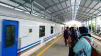 KAI Daop 2 Batalkan Puluhan Perjalanan Kereta Api Bulan April, Berikut Daftarnya
