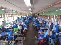 Bantu Penanganan COVID-19, Narapidana di Penjara Malaysia Jahit APD untuk Petugas Medis