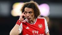 Aksi Unik David Luiz di Depan Cermin Dijamin Bikin Anda Bingung