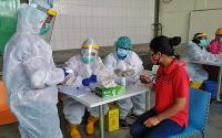 Jalani <i>Rapid Test</i>,14 Karyawan Brastagi Supermarket Reaktif Covid-19