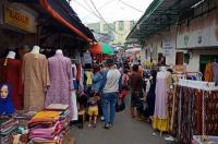 Sehari Pasca-PSBB, Alun-Alun Kota Tegal Dipenuhi PKL