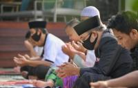 Sholat Id di Rumah, Ridwan Kamil: Kita Tetap Selesaikan Ramadhan dengan Paripurna
