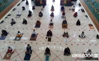 Terapkan Physical Distancing, Masjid di Lubuklinggau Kembali Gelar Sholat Jumat