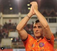 Cerita Bek Persiraja Bikin Pemain Liga Inggris Tertarik Main di Indonesia