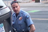 Sebabkan Kematian George Floyd, Eks Polisi Minneapolis Dituntut dengan Pembunuhan