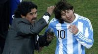 Costacurta Beruntung Pernah Melawan Maradona dan Messi