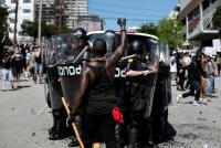 Kelompok-kelompok Ekstremis Diduga Terlibat dalam Kekerasan Demonstrasi George Floyd