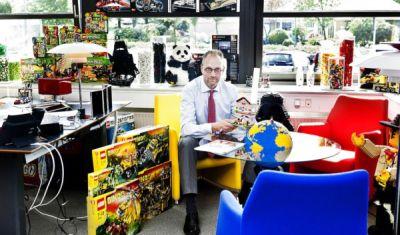 Keberhasilan CEO Lego Gebrak Industri Mainan  3