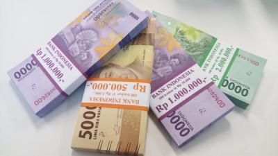 Rupiah Menguat Tipis ke Rp15.214 USD