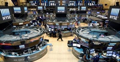 Wall Street Anjlok hingga 1% Dipicu Ketegangan AS-Arab