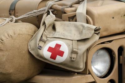 Bertarung dengan Maut! Inilah 3 Kisah Heroik Dokter Perang
