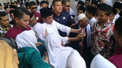 Peringati Hari Santri, Jokowi: Kita Butuh SDM Berakhlakul Karimah & Punya Skill Baik