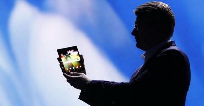 Ponsel Layar Lipat Samsung Diprediksi Seharga Rp29,7 Juta