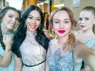 Intip Keseruan Miss Indonesia 2018 Alya Nurshabrina saat Cocktail Party