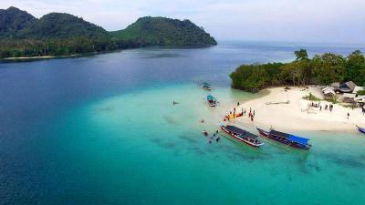 Mencicipi Surga Wisata Tersembunyi di Pahawang Lampung, Mirip Lombok Rasa Maldives