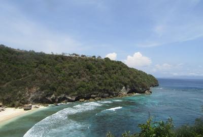 5 Pantai di Jawa dan Bali yang Belum Banyak Dijamah Wisatawan