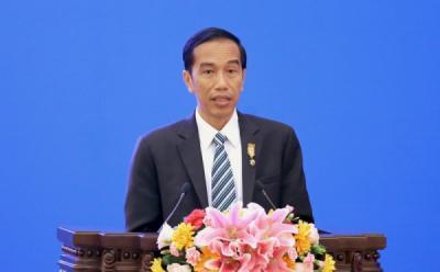 Survei Unggul 20 %, Jokowi Malah Minta Relawan Berhati-Hati