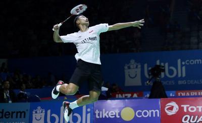 Atasi Wakil Thailand, Tommy Raih Kemenangan Pertama di BWF World Tour Finals 2018
