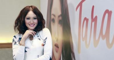 "Mencari Jati Diri, Tara Adia Siapkan Album Rasa ""Gado-Gado"""
