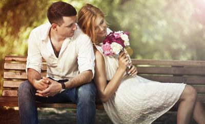 Girls Masih Jomblo di 2018? Coba Pelajari 7 Sifat yang Paling Dicari Pria