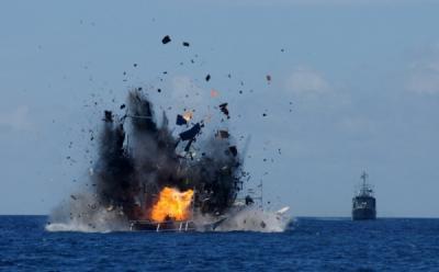 Jadi Langganan, Kapal Ilegal Vietnam Paling Sering Ditenggelamkan Menteri Susi