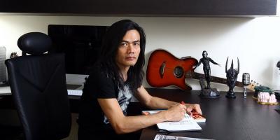 Jay Subyakto Bedakan Deklarasi Alumni UI untuk Jokowi-Ma'ruf dengan Konser Salam 2 Jari