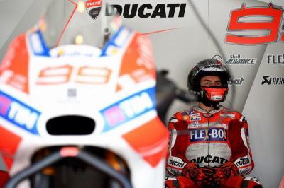 Doohan Tak Dapat Pastikan Biang Keladi dari Keterpurukan Lorenzo di Ducati