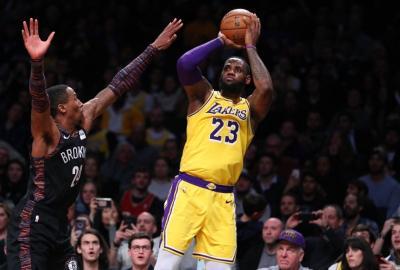 LeBron Ingin Main Bareng Melo di Lakers