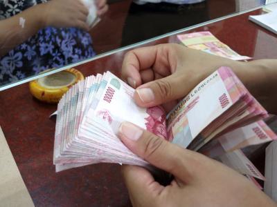 Sore Ini Rupiah Menguat ke Rp14.177 USD