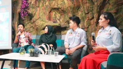 Nobar dan Diskusi, Remaja Nilai Jokowi-Ma'ruf Unggul di Debat Perdana