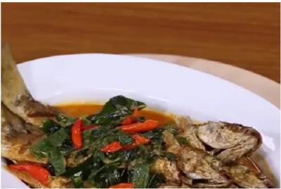 Gulai Ikan Belanak untuk Makan Siang, Maknyus