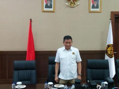 Bersaing dengan EBT, Menteri ESDM Minta Industri Gas Kompetitif