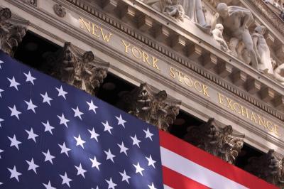 Wall Street Menguat, Nasdaq Nyaris Naik 1%