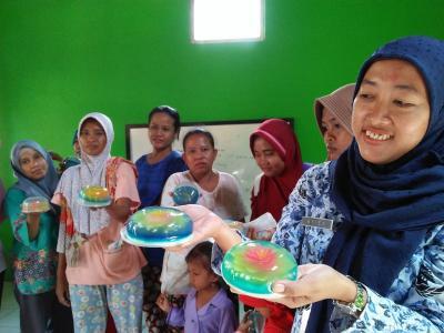 Bermotif Unik, Cantiknya Pudding Art Kreasi Ibu-Ibu Muda Demak
