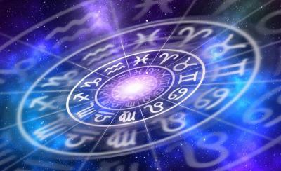 5 Zodiak yang Suka Kepo, Temanmu Mungkin Ada
