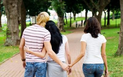 Sifat Selingkuh Keturunan dari Orangtua? Ini Jawaban Pakar
