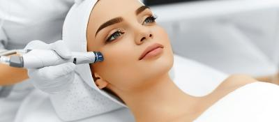 Perawatan Wajah Paling Laris, Perempuan Bisa Cantik Tanpa Operasi Plastik
