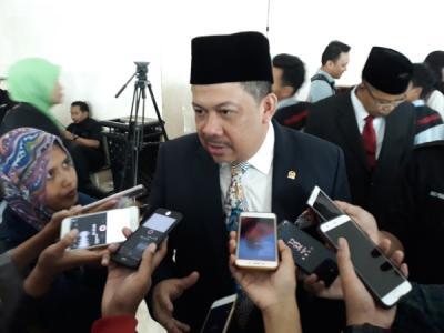 Jokowi Lontarkan Narasi Melawan Hoaks, Fahri Hamzah: Sudah Telat!