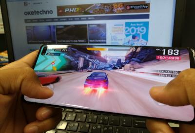Performa Tinggi Samsung Galaxy S10 Plus Cocok Main Game PUBG