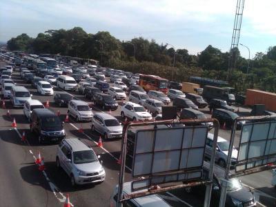 Kemenhub Imbau Kendaraan ke Jakarta Lewat Jalur Arteri