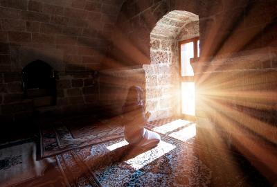 Hari Pengampunan, Ini Doa Puasa Ramadan ke-18