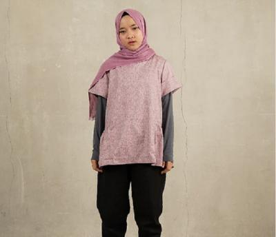 5 Gaya Hijab Anti-Ribet ala Nissa Sabyan hingga Zaskia Mecca, Cocok untuk Liburan!