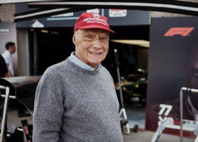 Mercedes Beri Penghormatan Terakhir untuk Niki Lauda di F1 GP Monaco 2019