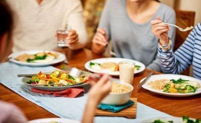 5 Tips Puasa untuk Penderita Maag, Nomor 1 Wajib Sahur