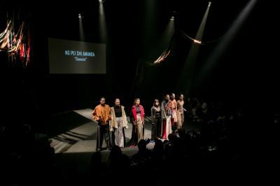 Menabrak Aturan Fashion untuk Ciptakan Fashion dengan Pesan Sosial
